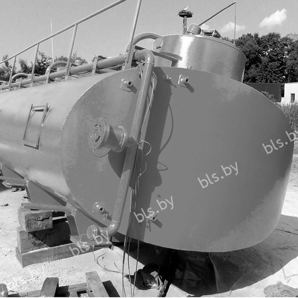 Оцинкованная цистерна г. Минск черно-белое фото